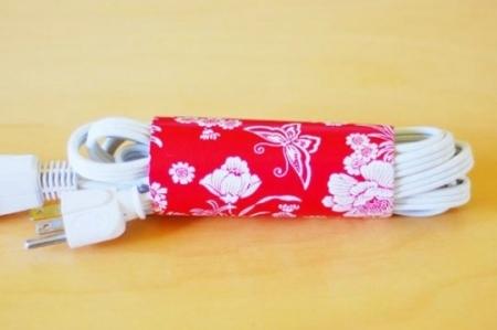 DIY Cord Holder Paper Towel Roll