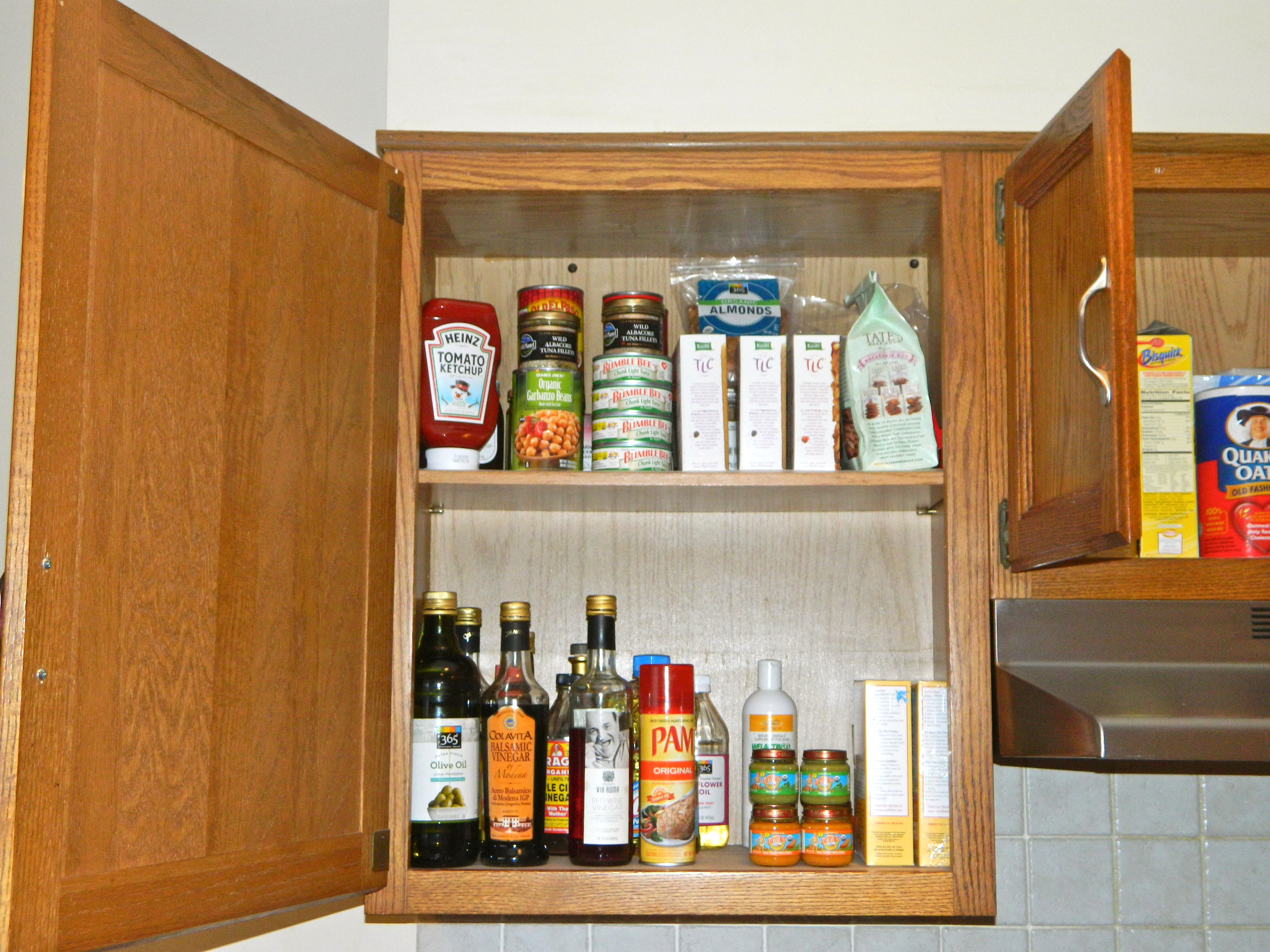how to keep top of kitchen cupboards clean