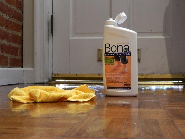 house cleaning-Bona hardwood floor polish-clean floors
