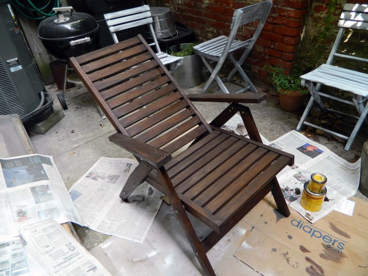 refinishing outdoor furniture finsihed staining