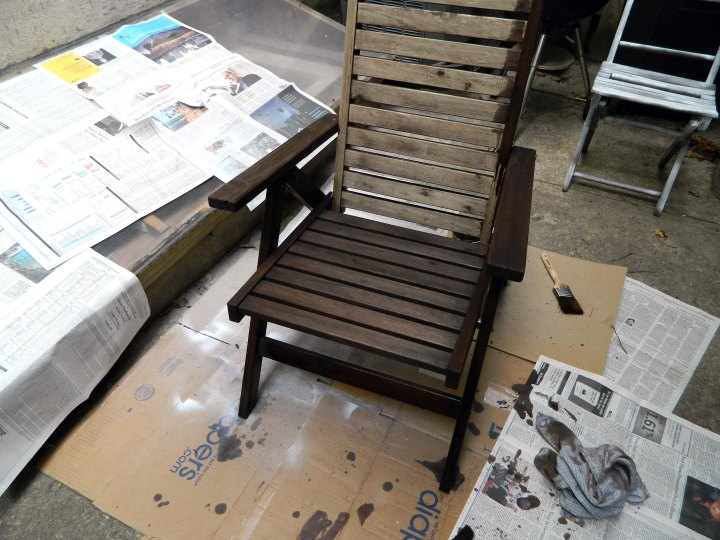 refinishing outdoor furniture staining chairs