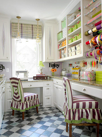 funky-wrapping-craft-room