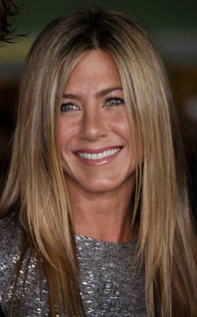 jennifer-aniston-has-straight-hair-things-that-are-straight